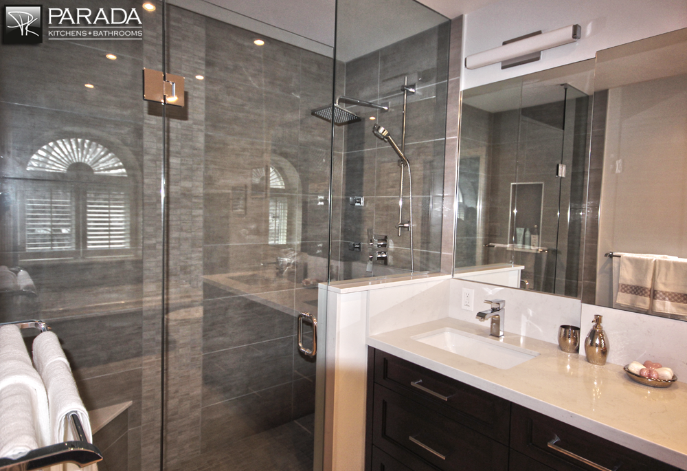 Traditional bathroom renovation project in toronto with for Kitchen bathroom renovations