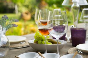 5 tips for hosting a summer party in your new kitchen