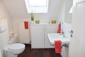 Four Great Ideas For Increasing Space In Your Bathroom