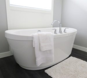 Can You Cover an Existing Bathtub?